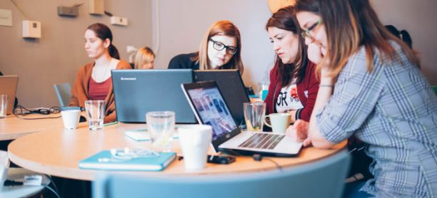 Cum îți poate schimba viața un curs de design interior?
