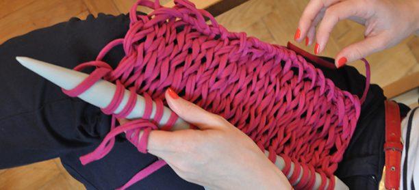 Impresii de la cursul de Design Textil: tricotatul e din nou cool!