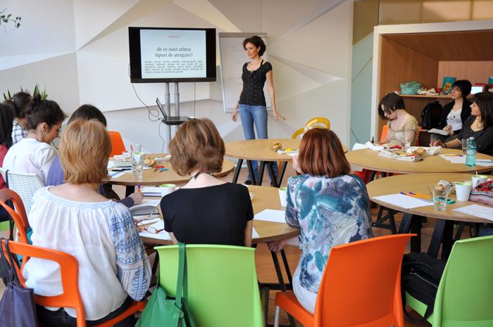 Pe firul motivelor traditionale - Creative Learning (1)